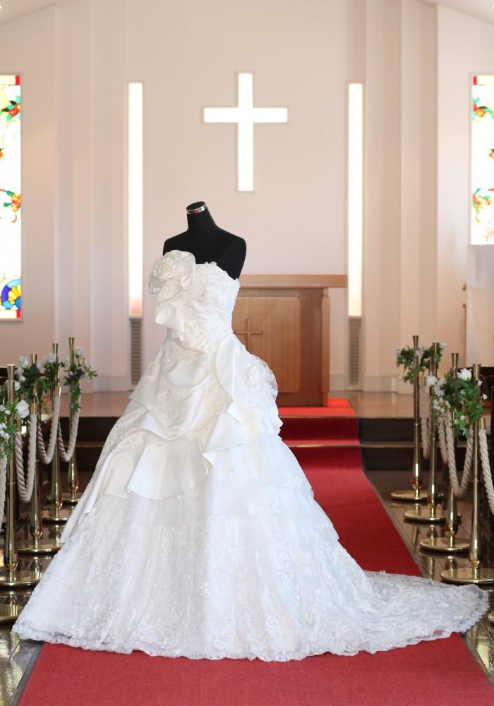 ウェディングドレス・カラードレス 衣装ご覧いただけます♪