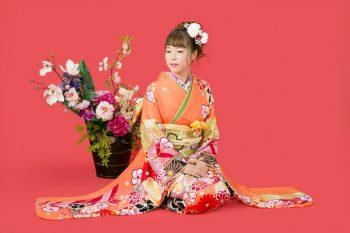 オレンジの着物がキュート♡ 振袖前撮り写真が撮れる岐阜創寫館