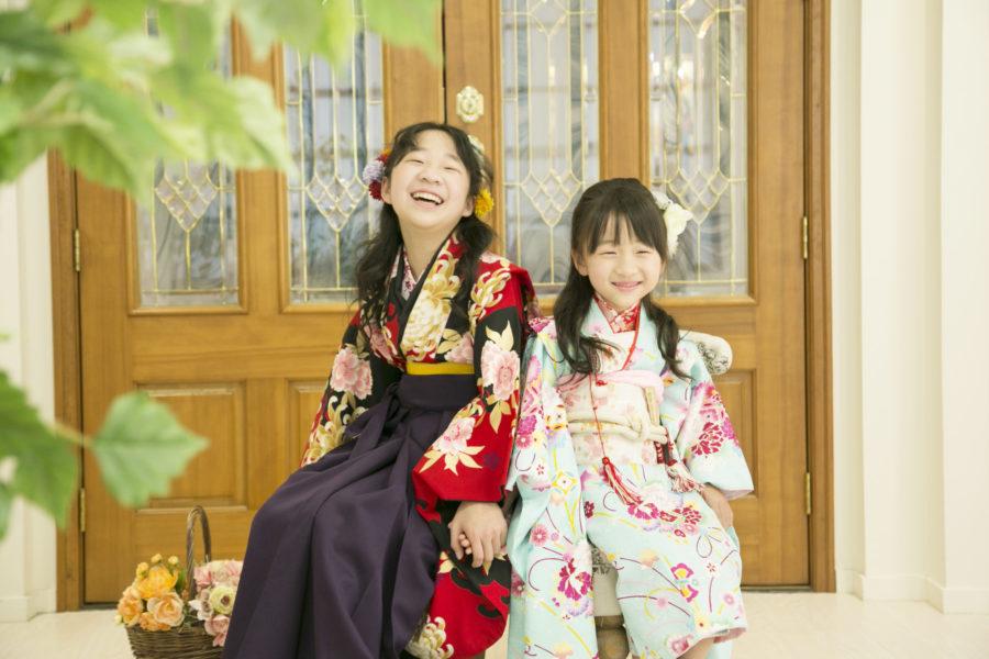 仲良姉妹とお友達の卒業袴